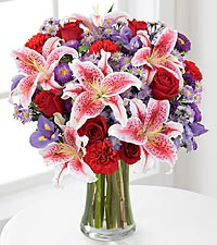 The FTD® Stunning Beauty™ Bouquet - VASE INCLUDED